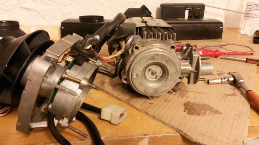 Moottori ja paloilman puhallin + lämminvaihdin eritettu toisistaan