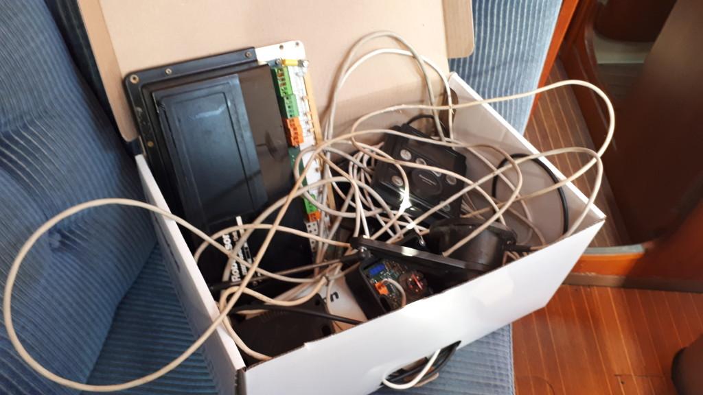 Vanhan laitteet menevät käytännössä kiertoon sähköromuna.